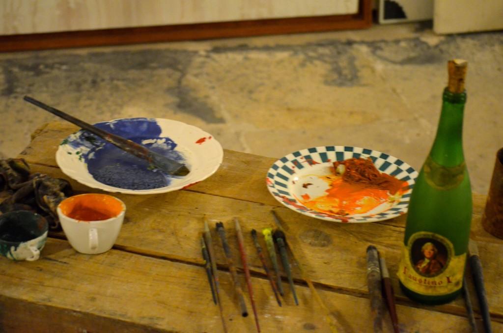 A workspace in Miró's studio. Photographer: Gabriela Ayala