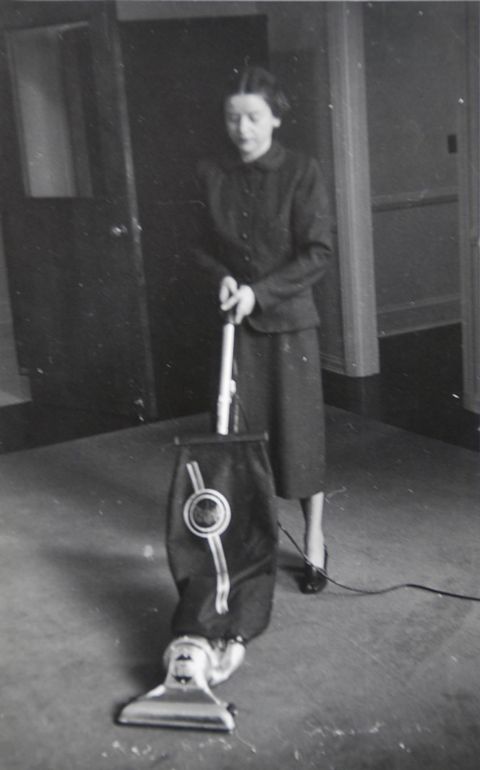 A young Dottie tidying up the galleries.