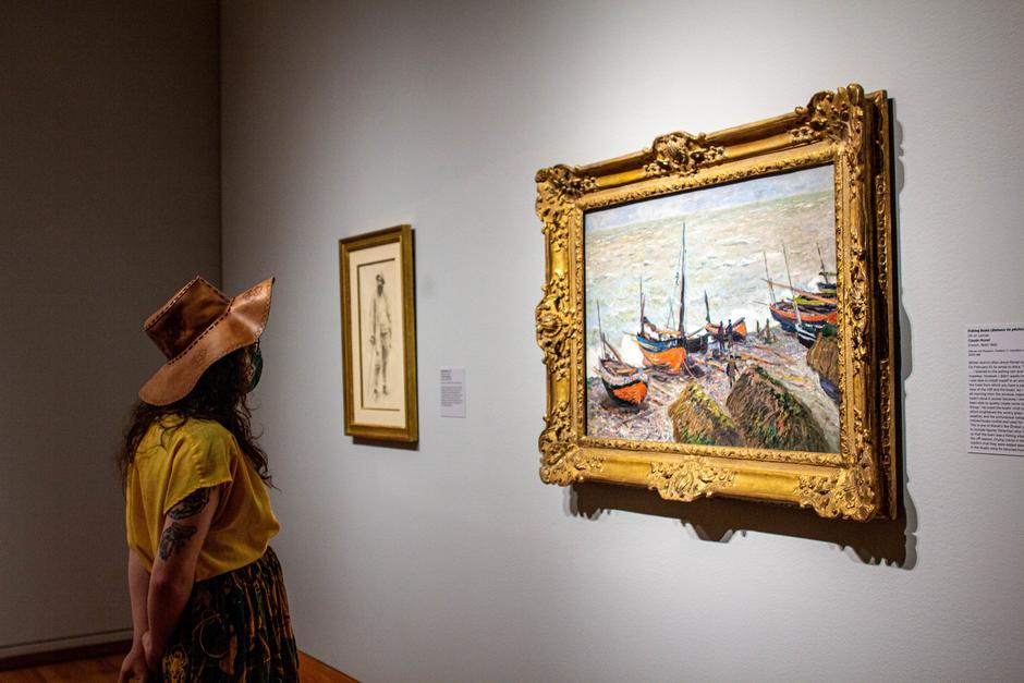 Muse/News: Amis on Monet, Candidates on Art, and Expansive Visions
