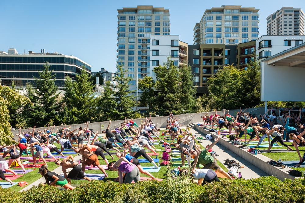 Free yoga classes with 8Limbs Yoga in Seattle